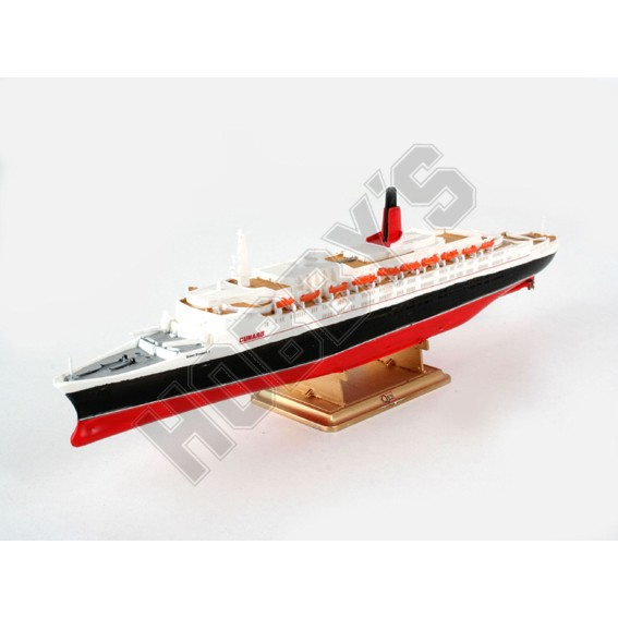 Queen Elizabeth II Model 1:1200