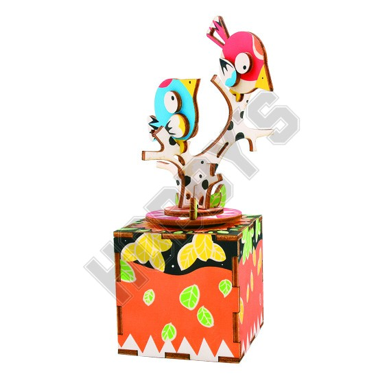 Song Bird & Tree Music Box