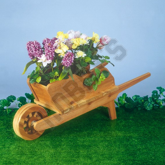 Wheelbarrow Planter Design